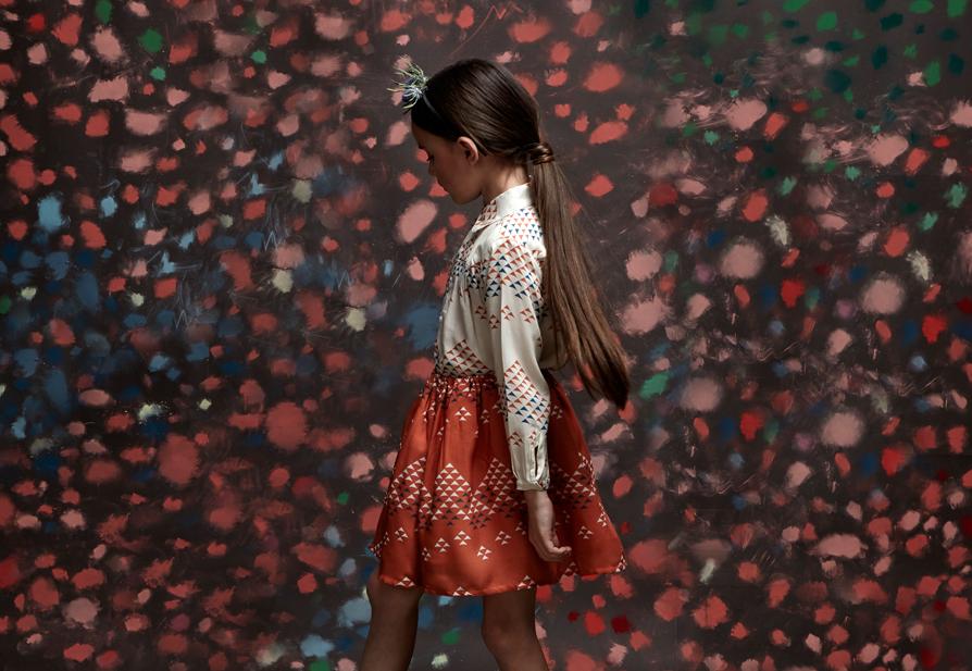 Look Scarlet skirt sandy Riviera Junior.jpg