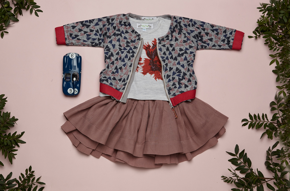 BODHI cardigan, KARA tshirt, SCARLET skirt