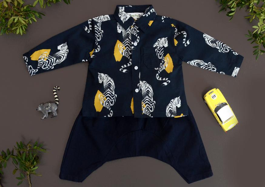 Look GABRIEL BABY shirt navy tiger.jpg
