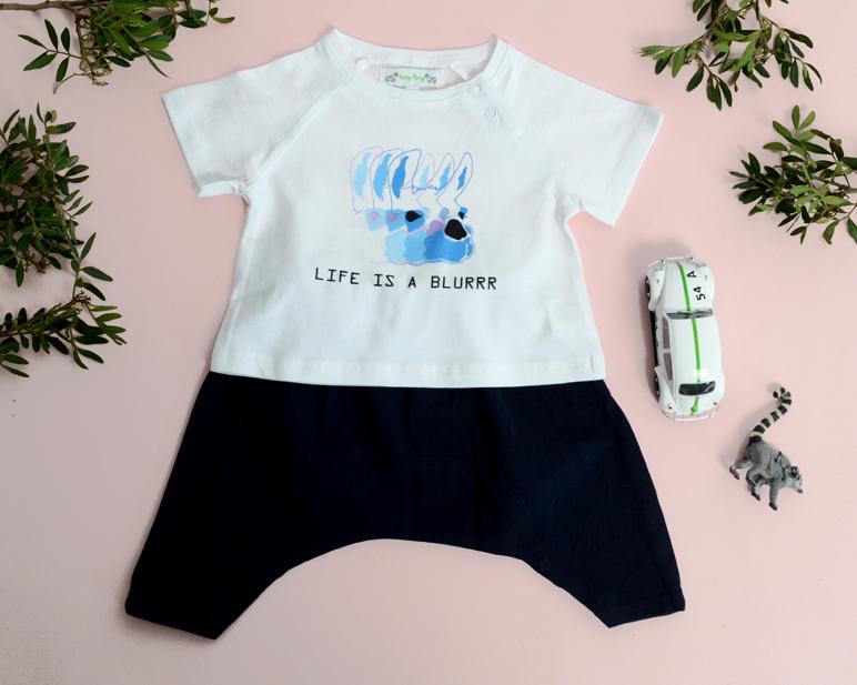 Look ASHTON BABY white tshirt with blue lama JUSTIN trousers navy.jpg
