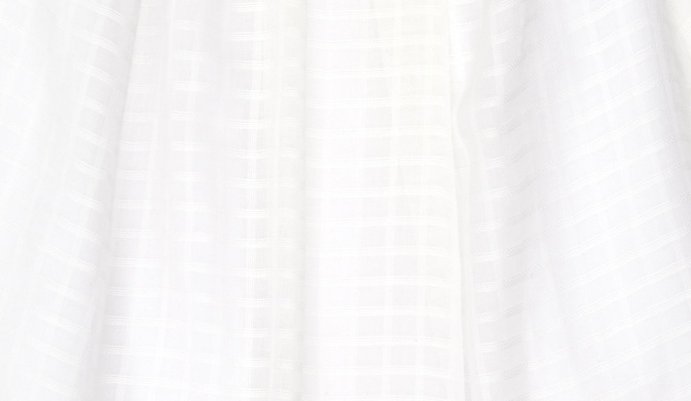 lola white close up.jpg