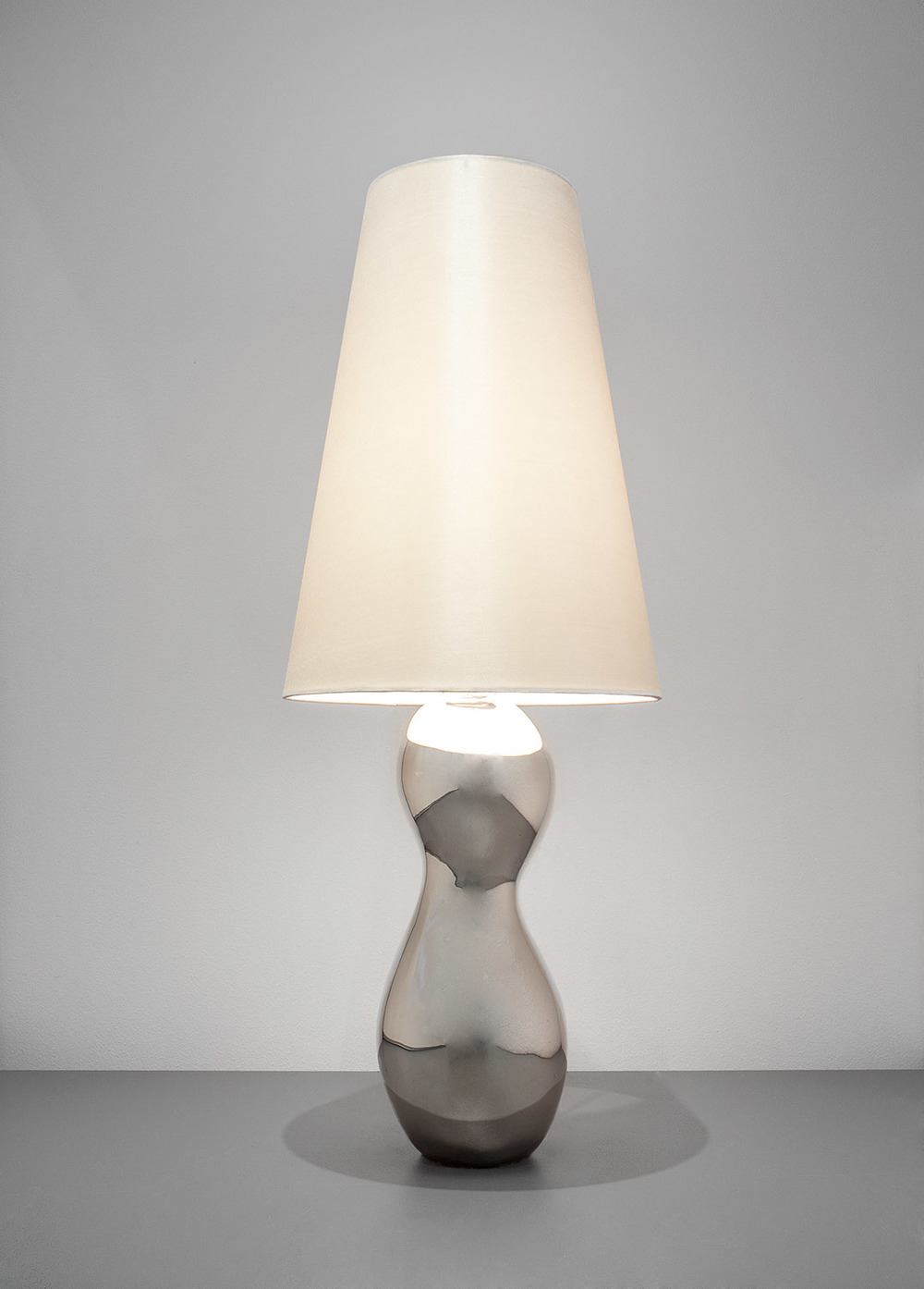 5. B&G Lamp 'Three Graces'.jpg