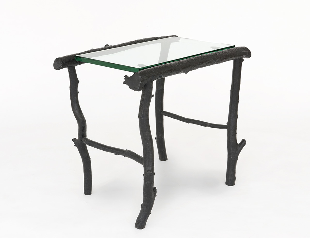 1. B&G Side Table 'Petit Trianon'.jpg