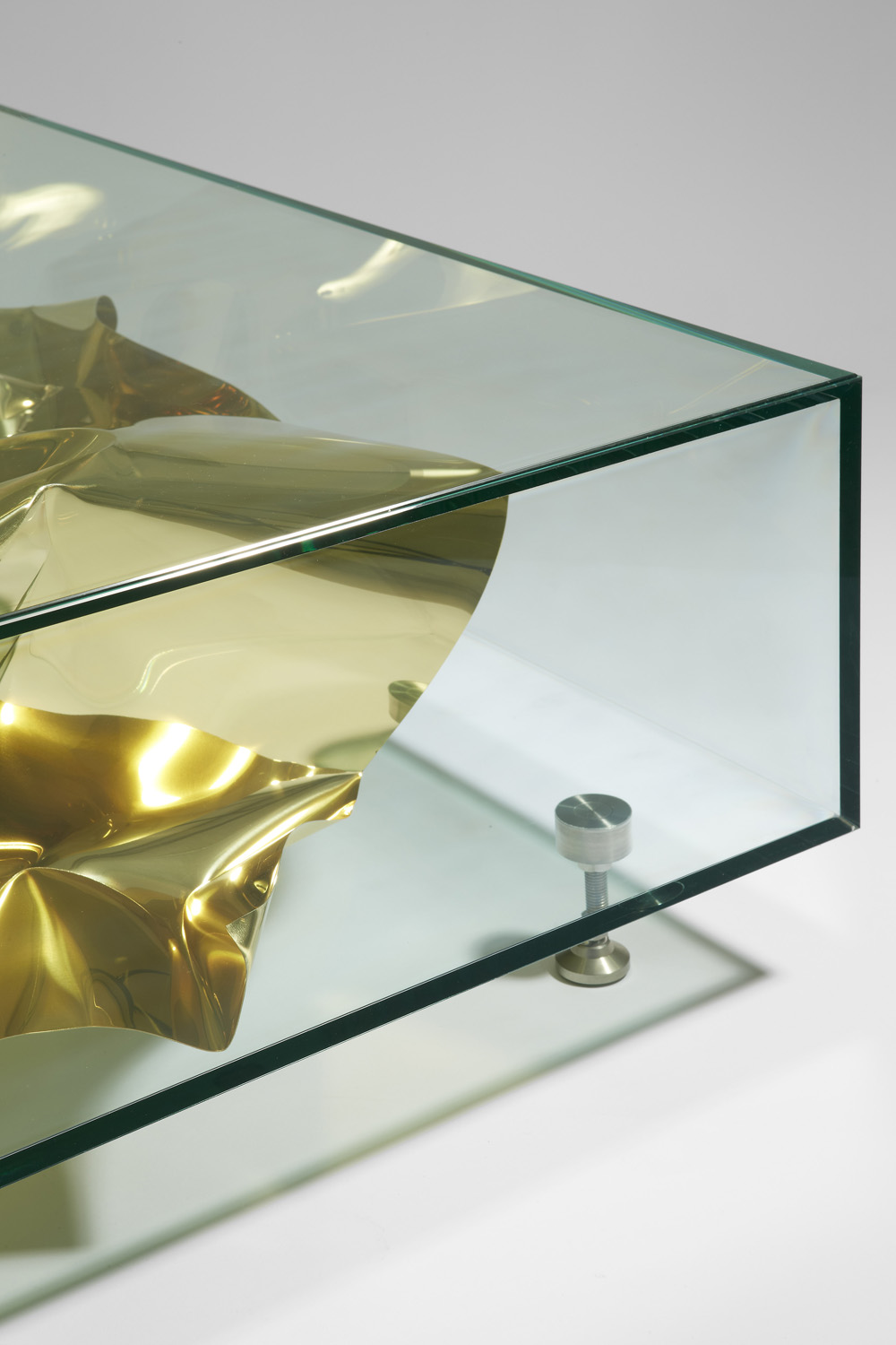 3. FS Table 'Gold Crush'.jpg