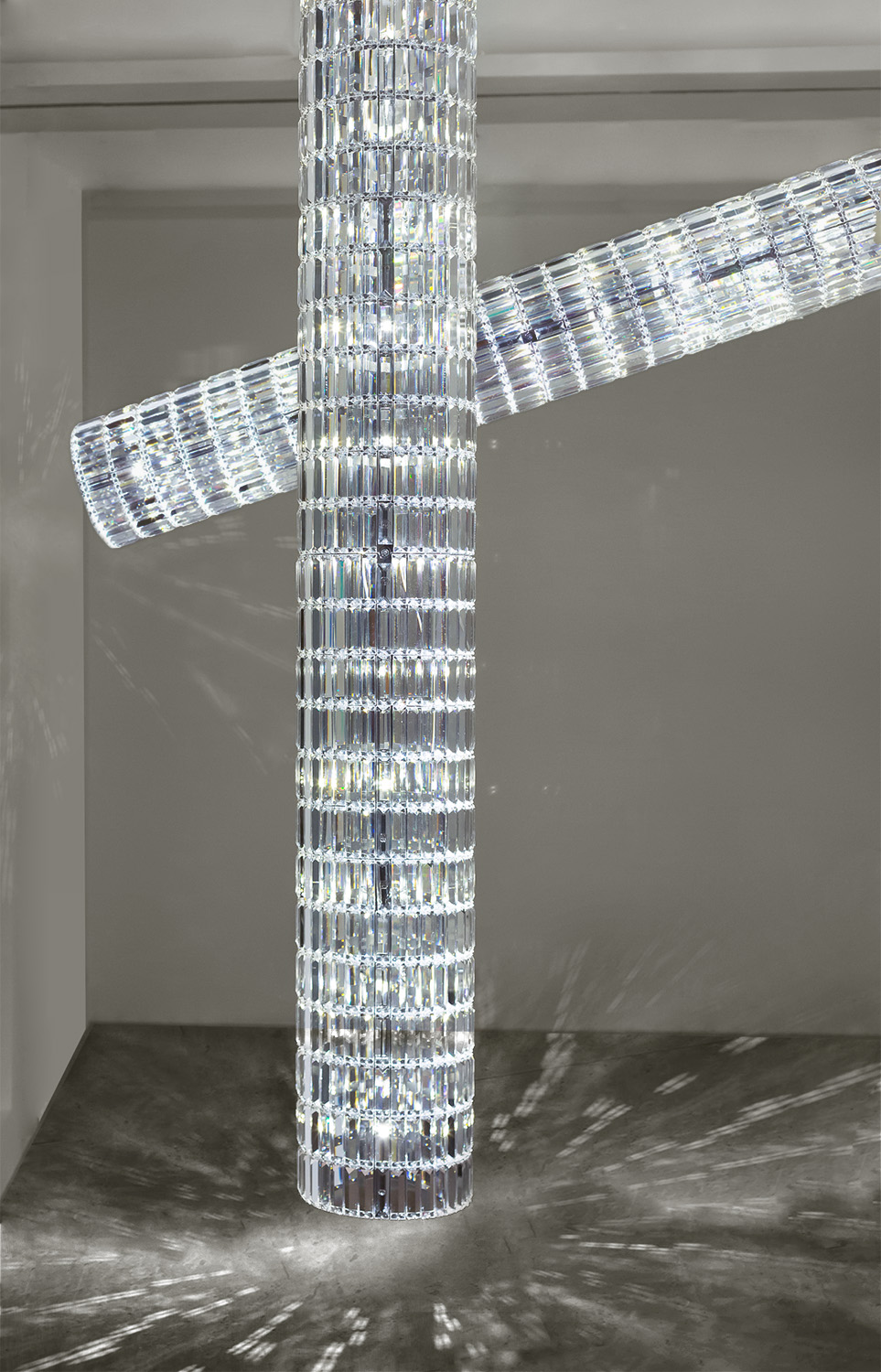 5. FS Chandelier 'Cannon'.jpg
