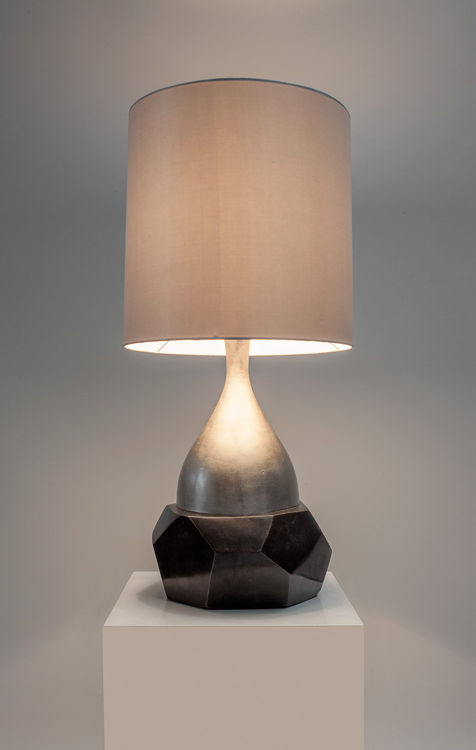 1. B&G Petra Table Lamp.jpg