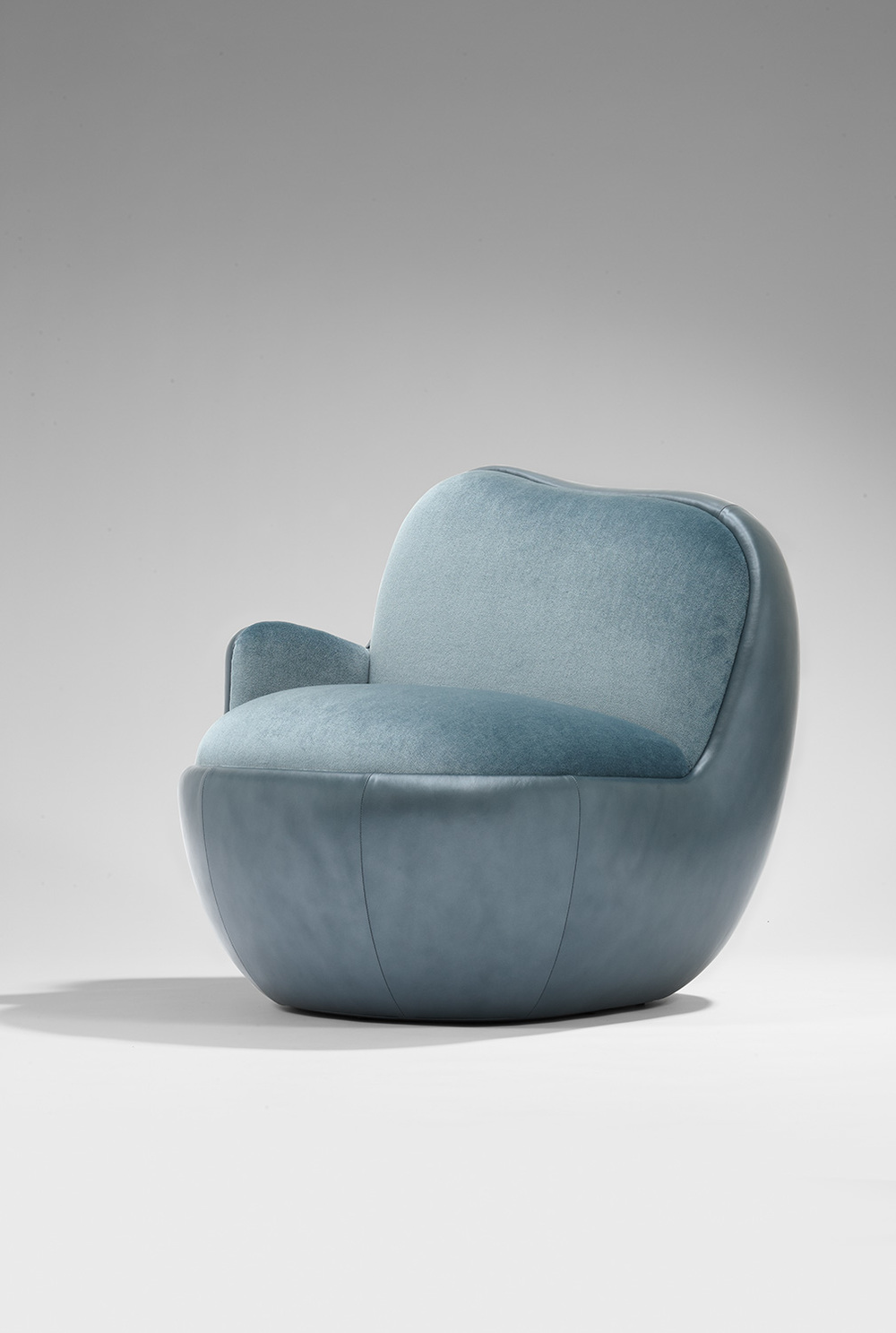 MB Armchair 'Ball' -2.jpg