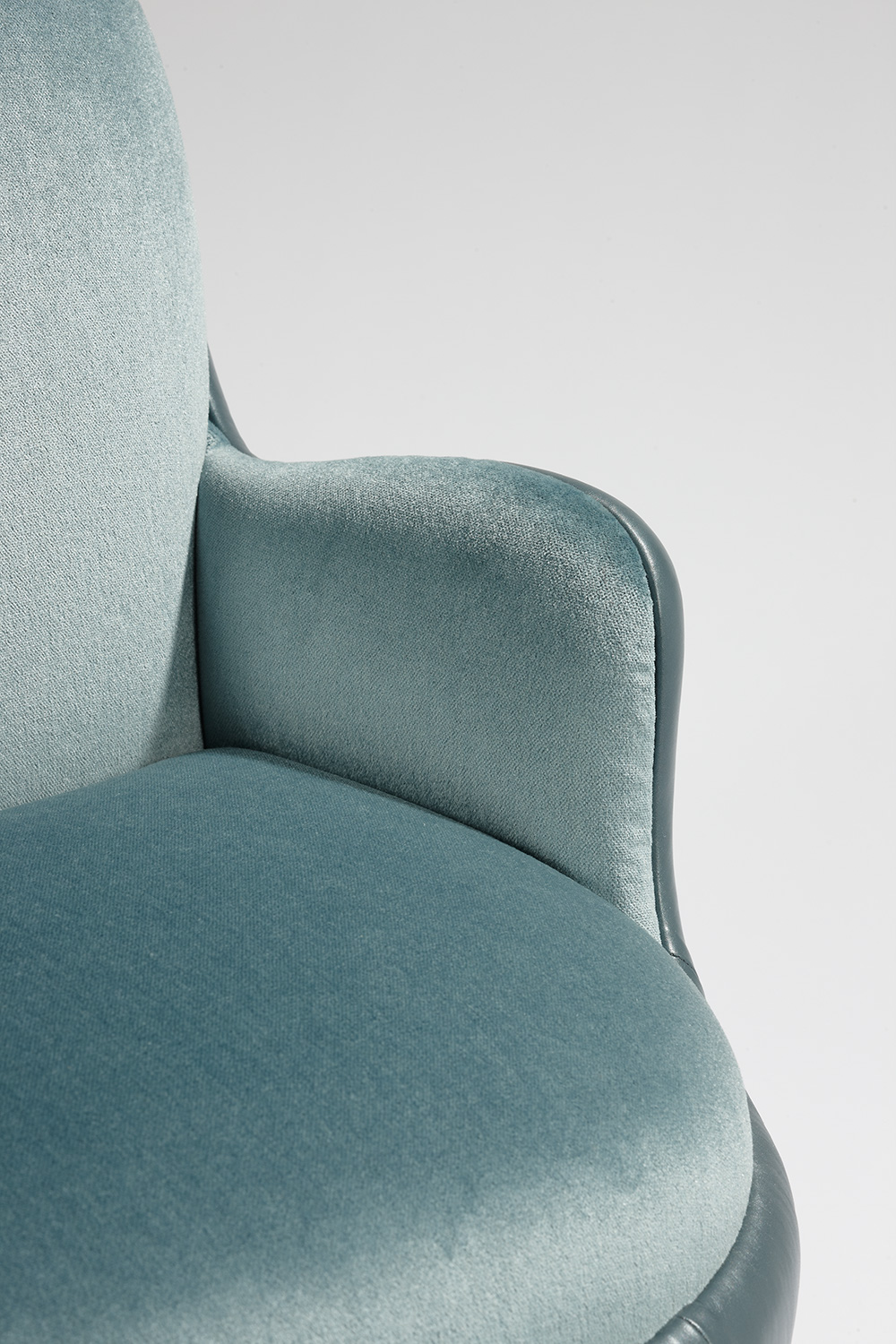 MB Armchair 'Ball' -8.jpg