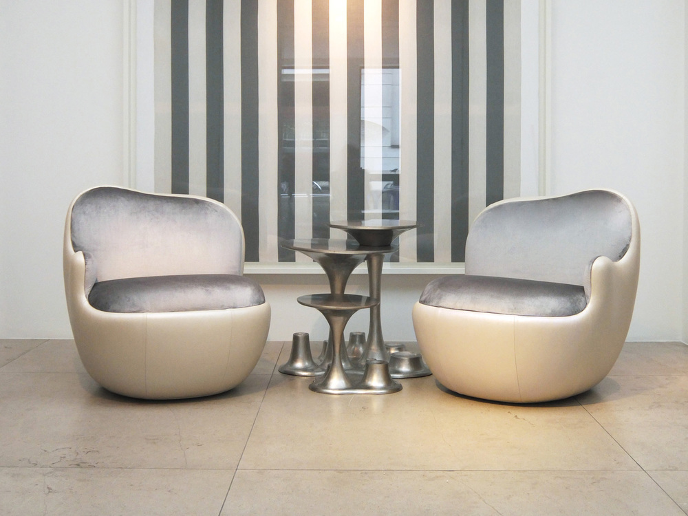 6. MB Armchair 'Ball' Cream.jpg