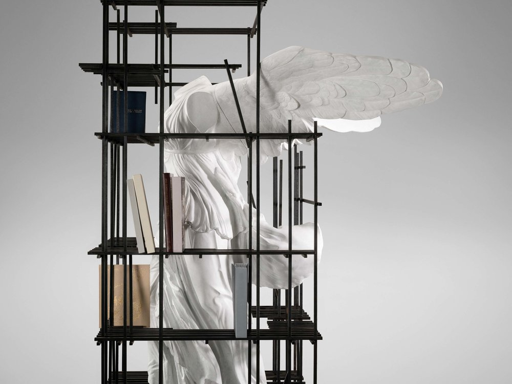 5. SE Etagere 'Antiquity Shelves Nike'.jpg