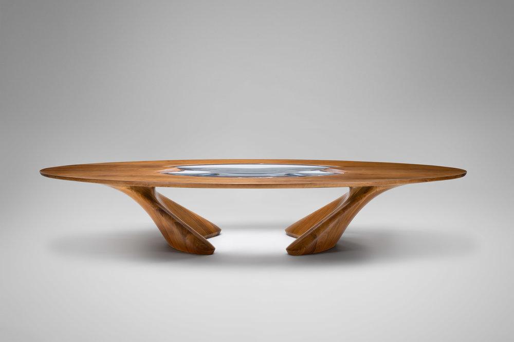 3. ZH Dining Table 'UltraStellar'.jpg