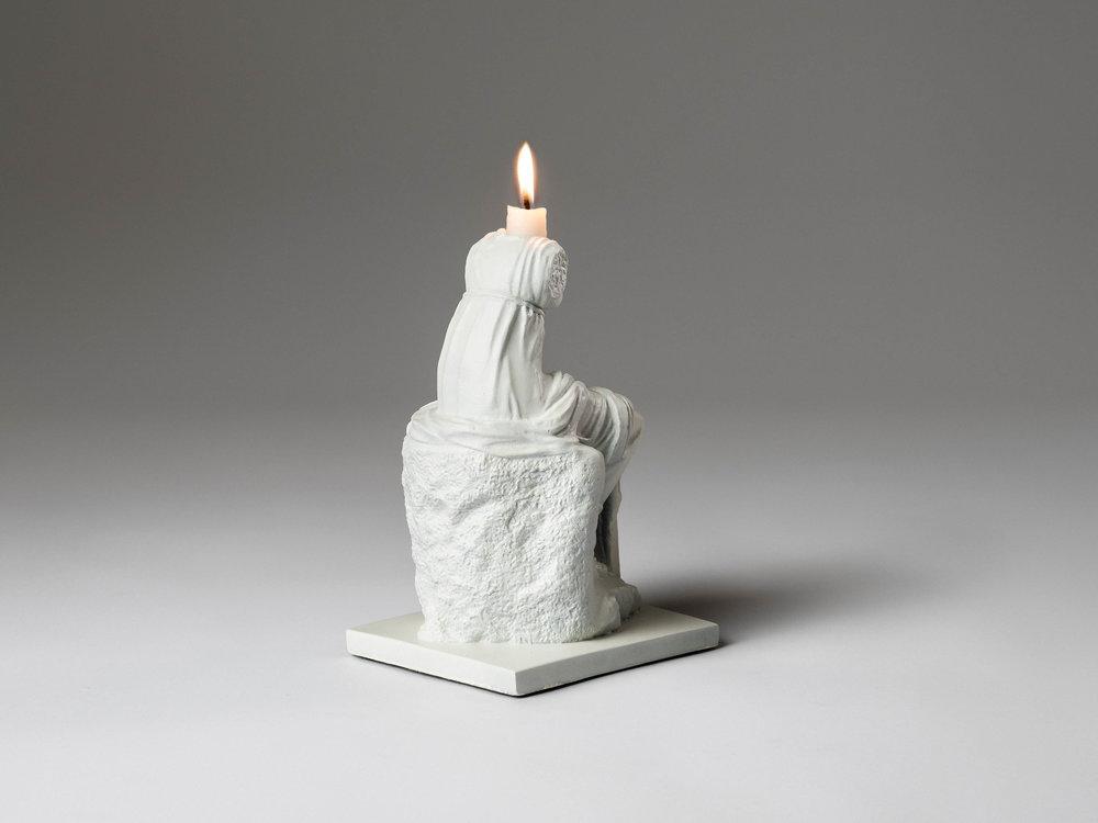 32. SE Candlestick 'Clio' white.jpg