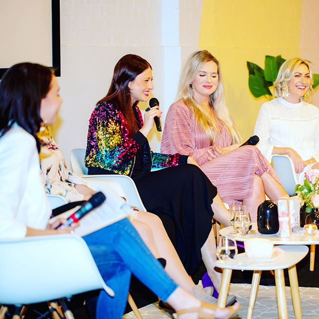 Last week I had the massive pleasure of bringing to life a panel event alongside some of my biz besties.  We spent an evening with a room full of women in business (or ready and wanting to be) speaking about The New Way.  The New Way being authenticity, collaboration, community, sisterhood, the cycles and ebbs and flows of what it is to be in business, prioritising wellness over productivity and WAY more.  It's a sweet, sweet time to be alive, witnessing women collectively rise into their power, claiming what is theirs to claim and being in deep service. I'm continuously in awe of that and this night brought ALL the goods.  Thank you to all of you that showed up for us. I so appreciate you.  And big love to @loving_earth @remedydrinks @bopowomen and @foxandfallow for your epic sponsorship - we adore you and are super grateful ♥️