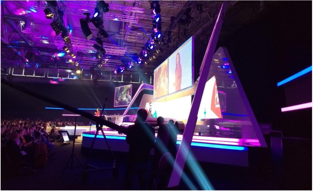 Standing room only at Sheryl Sandberg's keynote