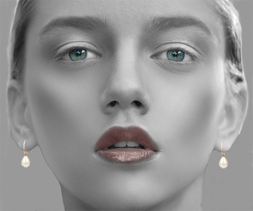 situ-white-pearl-&-gold-earring-nomad-inside.jpg