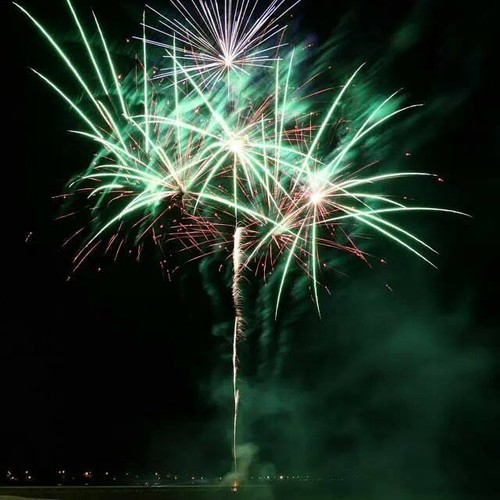 Beach wedding outdoor fireworks display - Blaso Pyrotechnics