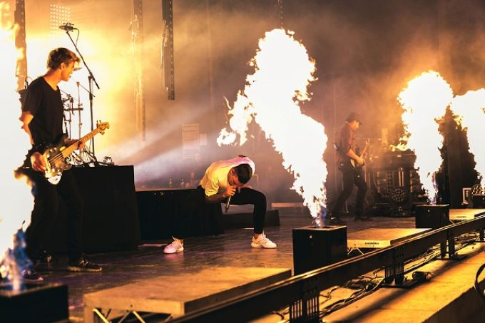 Blaso Pyrotechnics Parkway Drive Flames.jpg