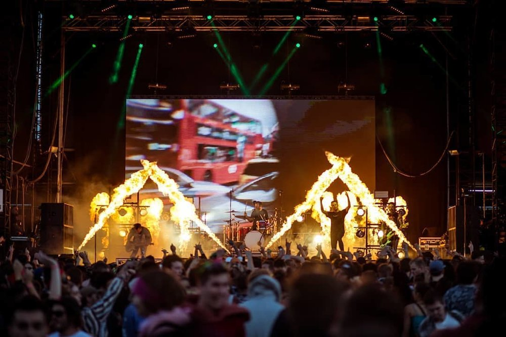 Blaso Pyrotechnics - Wave Flamers