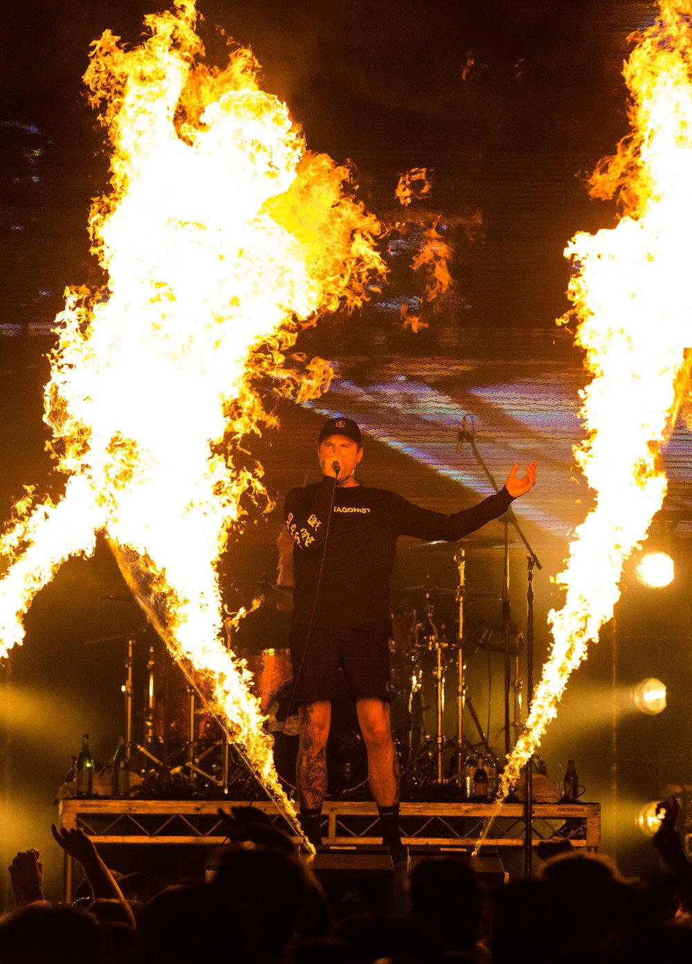 Blaso Pyrotechnics - Wave FLames