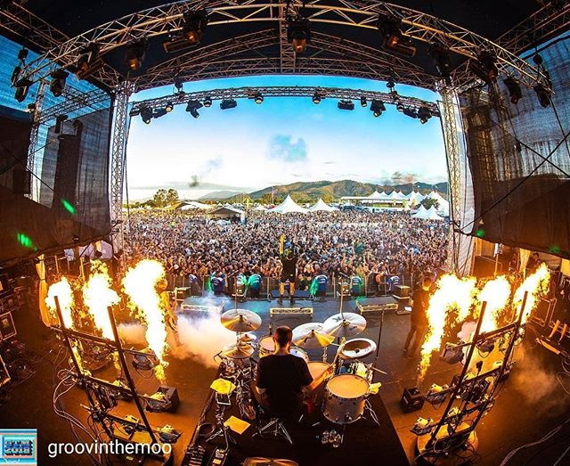 THE AMITY AFFLICTION - Groovin The Moo (Townsville) 🔥Flame FX 💀blasopyrotechnics.com.au 🤘@theamityaffliction 📷@josephmayersphotography @groovinthemoo  #blasopyrotechnics #pyroilluminati #livetoburn #groovinthemoo #theamityaffliction #sfx #flames #gtm #gtm2018