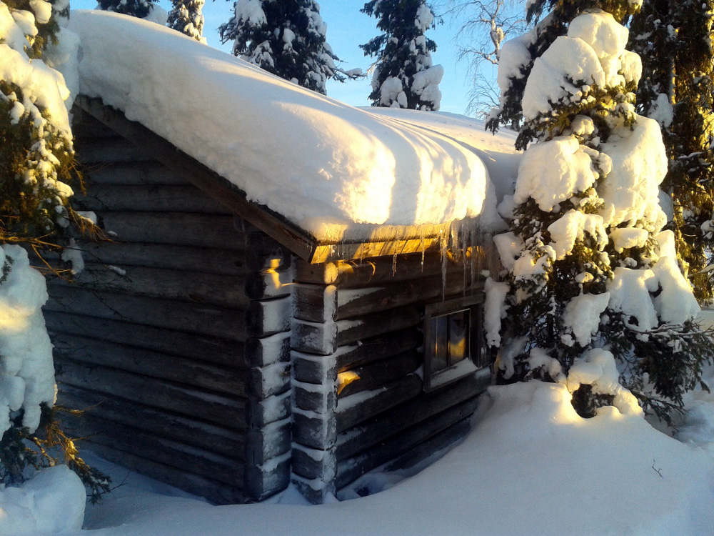 lapland sauna winter.jpg