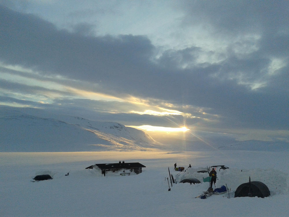ski tour lapland 1.jpg