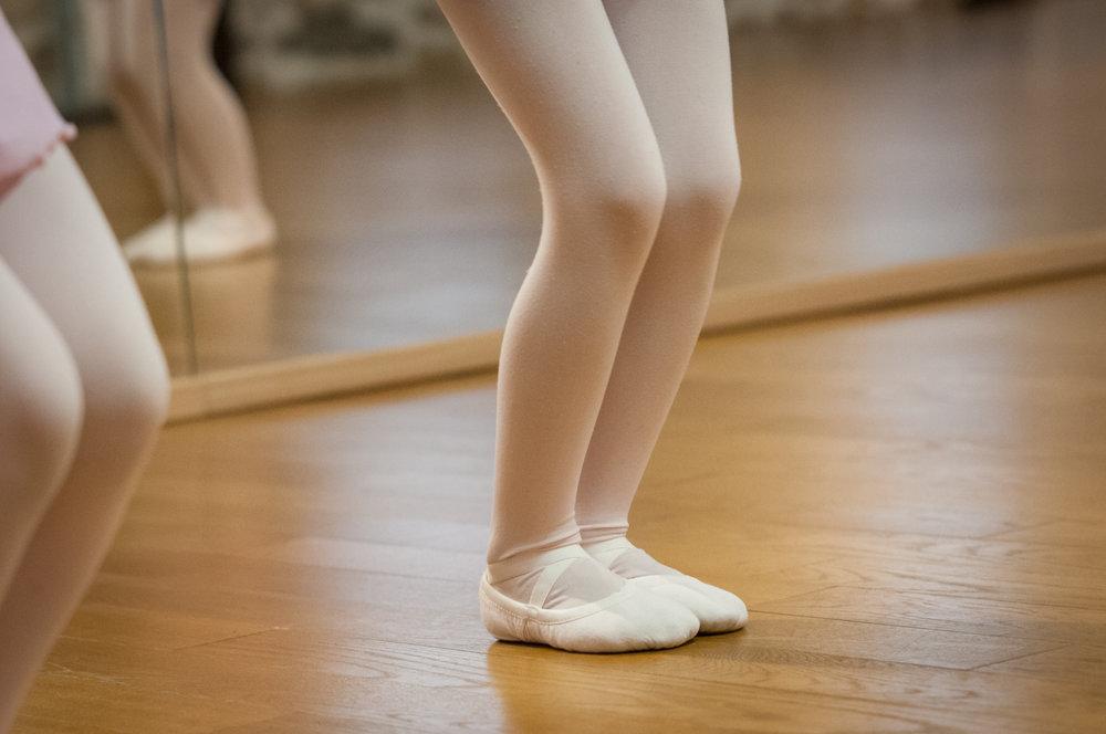 cours ecole danse classique la valette toulon enfant adulte pilates barre au sol eveil initiation debutant pas cher helivision.fr -165.jpg