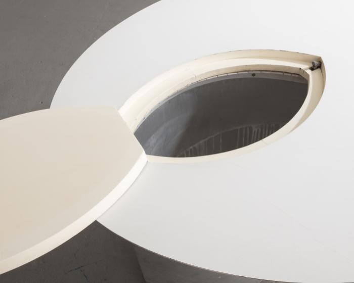 "Cini Boeri - Prototype ""Lunario"" table.jpg"