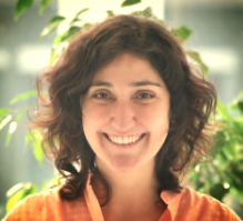 Silvia Calvet   :   co-founder at  Architecting Happiness  y  Google Launchpad mentor