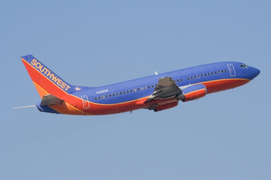 Southwest_524_N398SW_Boeing_737-3H4_SJC.jpg