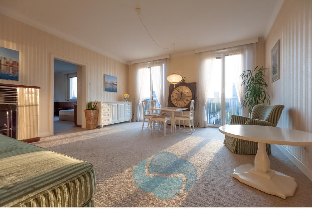 Wohnzimmer WOLKE4.jpg