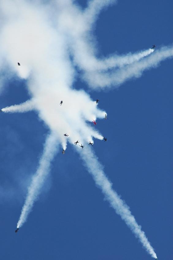 Golden stars Skydiving 3.jpg