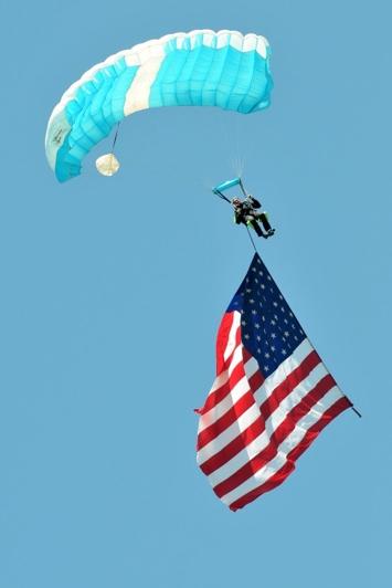 Golden stars Skydiving.jpg
