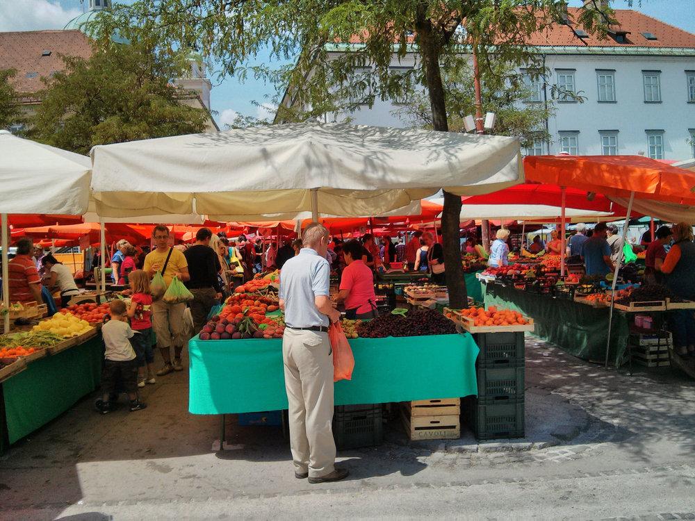 bustling-market-ljubljana.jpg