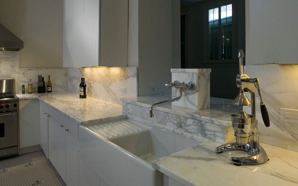 Kingsway House Marble Kitchen- Studio WTA