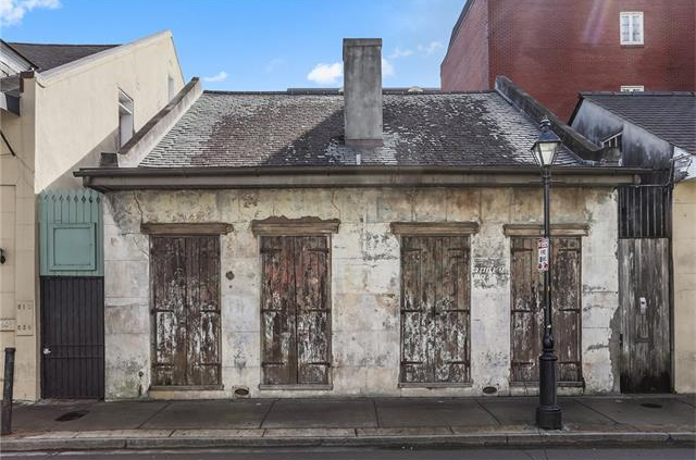 612 Dauphine, New Orleans