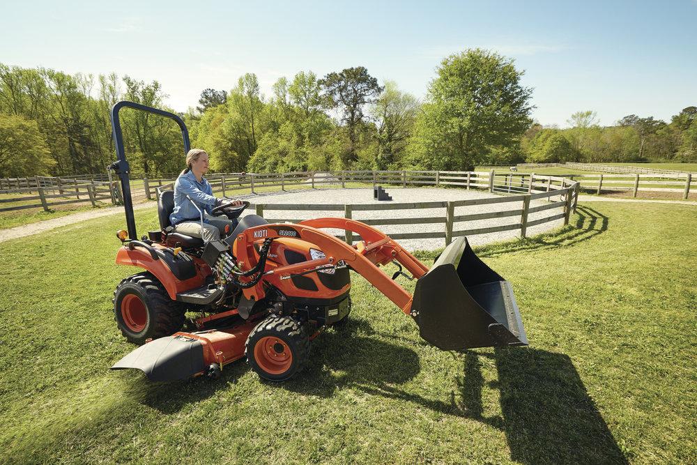 KIOTI - Tractors, mowers, loaders, tillers, scrapers,