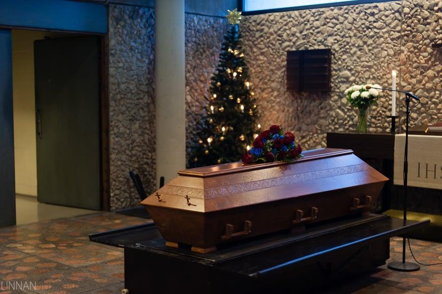 hautajaiset_valokuvaaja_oulu_1.jpg