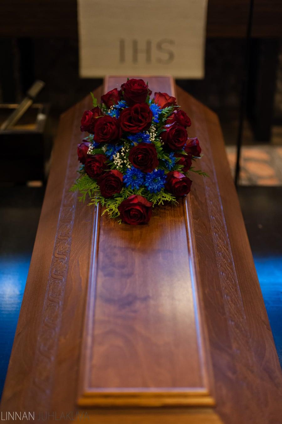 hautajaiset_valokuvaaja_oulu_3.jpg