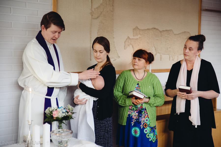 ristiäiskuvaus-kempeleen-seurakunta-10.jpg