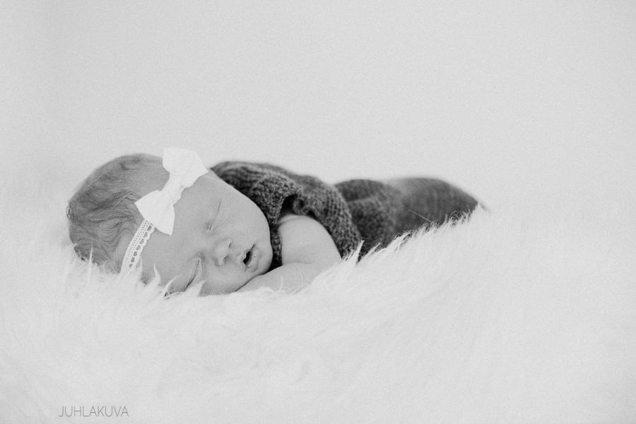 newborn valokuvaus-3.jpg