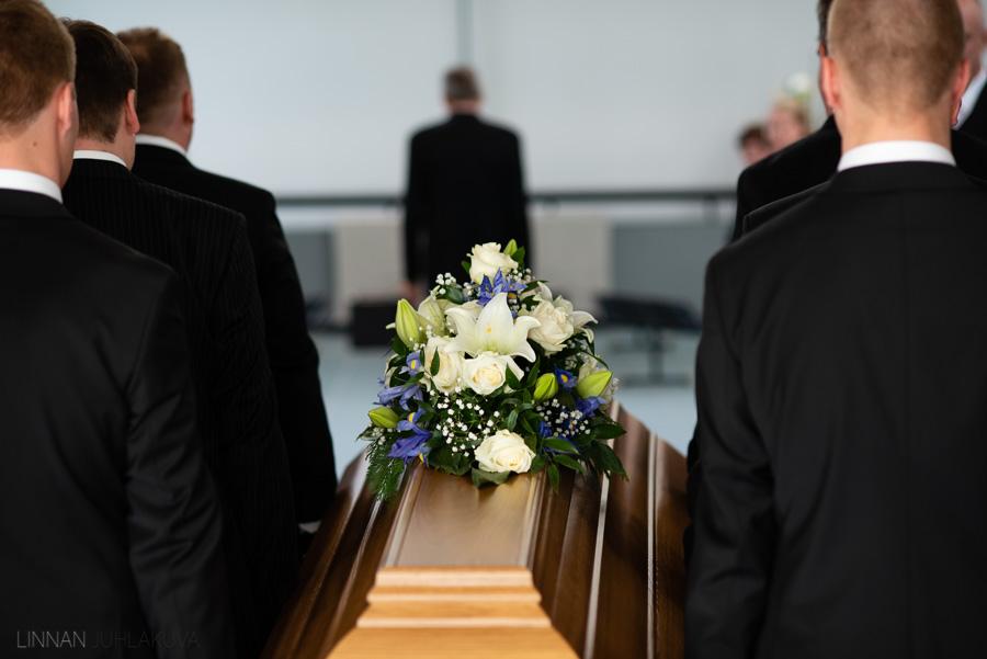 valokuvaaja kajaani hautajaiset-6.jpg