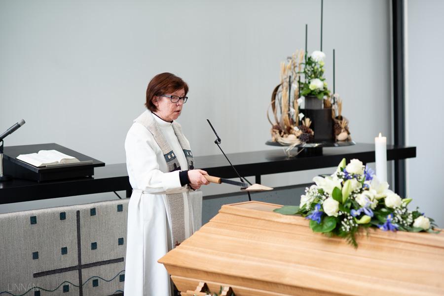 valokuvaaja kajaani hautajaiset-13.jpg