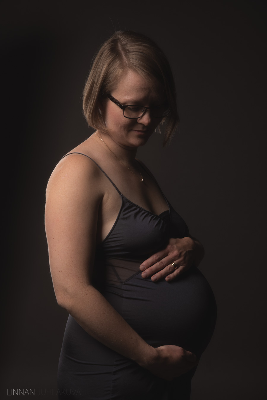 raskaus-odotusajan-kuvaus-1.jpg