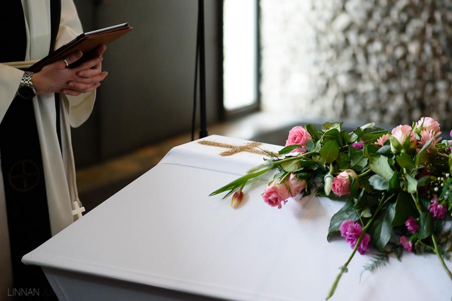 hautajaiskuvaus-linnan-juhlakuva-8.jpg