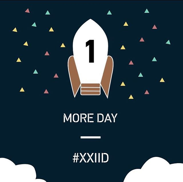 A gift for surviving finals. Almost there. See you at Moot at 1:30 on Monday.  #XXIID #designthefuture
