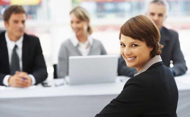 Observa a los Agentes que llevan más tiempo que tú en la profesión y aprende de sus errores