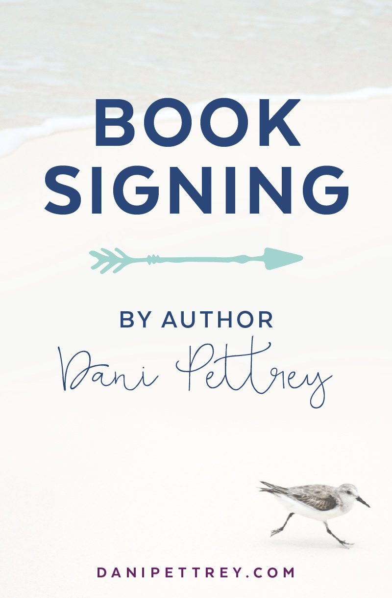 Author Dani Pettrey Blog Post Template and   Branding Design #Coastal #Beach #Ocean #Design