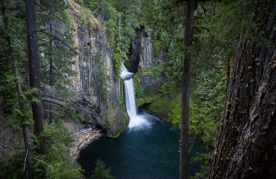 tokateeFalls_umpqua_oregon_waterfall