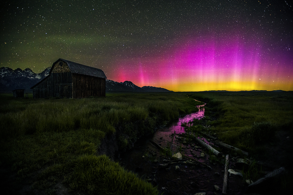 mormon lights northern lights thisworldexists this world exists eric bennett utah tetons
